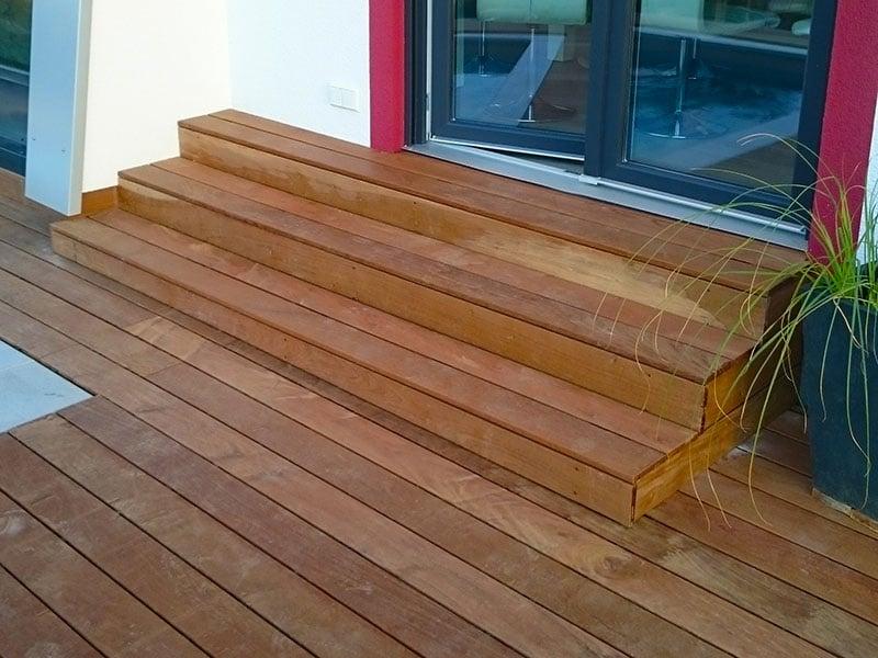 Treppenanlage Ipé Holz