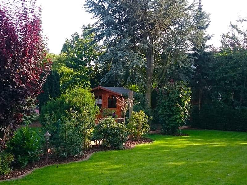Rasen_Gartenhaus
